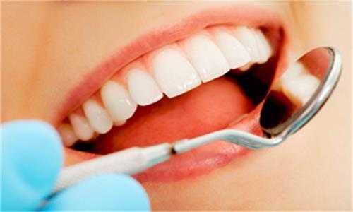 口腔內的殘根殘冠是拔除好還是留下好